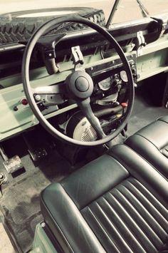 // LAND ROVER SERIES IIA STEERING WHEEL 740x1114 1968 Land Rover Series IIA