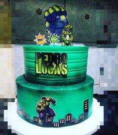 Bolo do Hulk: fotos e tutoriais para uma festa do incrível super-herói Fruit Cake Watermelon, Bolo Original, Boys Clothes Style, Aesthetic Food, Desserts, Amanda, Spiderman, Incredible Hulk Party, Hulk Party