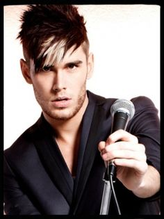 Colton Dixon i love you and your beautiful beautiful voice