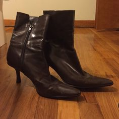 Nine West Low Heeled Ankle Boots These ankle boots look great with jeans or leggings. Well taken care of and very soft material. Low heels that are comfortable for the hole day! Nine West Shoes