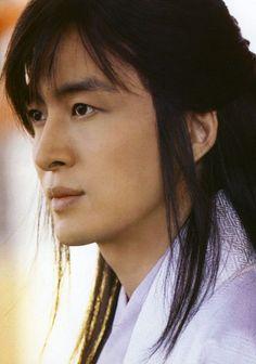 Bae Yong Jun / 배용준 from Drama Fever. Very handsome Bae! Korean drama -Legend