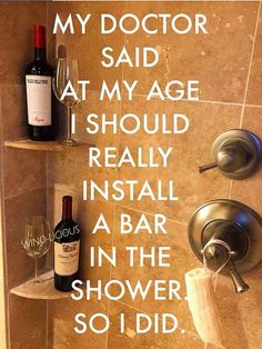 Ideas funny quotes wine humor thoughts for 2019 Haha Funny, Funny Jokes, Funny Stuff, Too Funny, Funny Alcohol Memes, Alcohol Quotes, Alcohol Humor, Hilarious Quotes, Crazy Funny