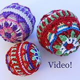 I love using overlay crochet and lots of colour in everything! Made this pattern for Christmas tree baubles or balls. It's a video tutorial,  link in bio or youtu.be/dMf9DOoLRzc . . #crochet #instacrochet #craftastherapy #ILoveColor #createmakeshare #crochettutorial #videotutorial #abmcrafty  #crochetaddict #handmade #colorful #yarn #käsityöblogit #käsityö #christmasdecoration #christmastree #joulukoriste #kuusenkoriste #knitcrochetchristmascom