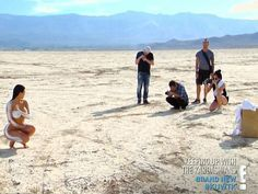 (ছবি) 'প্রাপ্তবয়স্কদের জন্য' : মরুভূমিতে ফটোশুটে ফের নগ্ন কিম কার্ডাসিয়ান | Kim Kardashian Goes Nude For Desert Photoshoot - Bengali Oneindia