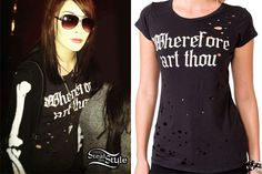 Lexus Amanda wears the Destroyed Wherefore Art Thou Tee from Forever 21 ($15.80). The tee is covered in holes and has a Shakespeare-inspired text.