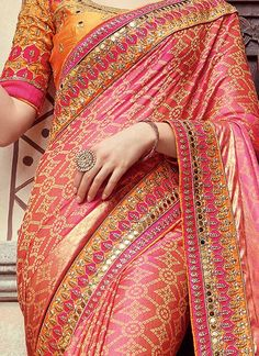 Pink N Gold Bandhini Saree Silk Saree Blouse Designs, Art Silk Sarees, Sari Blouse, Blouse Patterns, Banarsi Saree, Silk Saree Kanchipuram, Fancy Sarees, Party Wear Sarees, Bandhini Saree