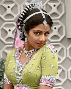Sridevi Hot, Girls With Nose Rings, Hema Malini, Vintage India, Vintage Bollywood, Exotic Women, Dance Poses, Portrait Photo, Indian Girls