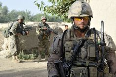 Canadian Infantry in Afghanistan (Possible PPCLI or Van Doos) - Eric Canadian Soldiers, Canadian Army, Airsoft, Military Police, Military Uniforms, Military Figures, Man Of War, Afghanistan War, Us Army