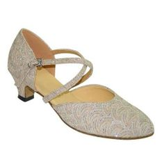 LILLY CHAMPAGNE CLOSED TOE 1.5 LOW HEEL