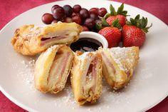 Monte Cristo Sandwich Recipe   Disney Recipes   http://www.magicalrecipes.net/mrpages/blue-bayou/monte-cristo-sandwich-recipe.aspx