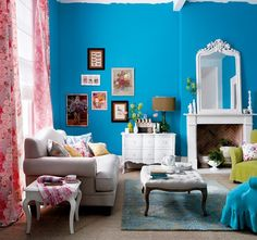 Colorful Eclectic Living Room design house design home design decorating before and after decorating Colourful Living Room, Eclectic Living Room, Living Room Modern, Living Room Designs, Living Room Decor, Living Rooms, Small Living, Magazine Deco, Blue Walls
