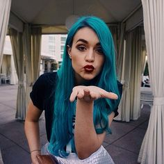 Amy Sheppard from the band Sheppard and her beautiful blue hair!