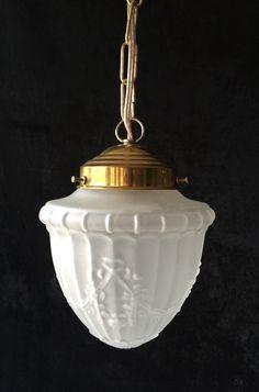 Een persoonlijke favoriet uit mijn Etsy shop https://www.etsy.com/listing/230948833/original-vintage-frosted-glass-pendant