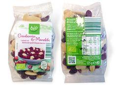"""Aldi-Süd: Rückruf für Bio-Cranberries wegen erhöhten Blausäuregehalts https://www.discountfan.de/artikel/c_verbraucherschutz/aldi-sued-rueckruf-fuer-bio-cranberries-wegen-erhoehten-blausaeuregehalts.php Rückrufaktion bei Aldi-Süd: Der Kult-Discounter warnt vor dem Verzehr des Produkts """"bio Cranberries & Mandeln"""" vom Lieferanten Vita Naturprodukte. Grund: Es wurden Bittermandeln mit einem erhöhten Blausäuregehalt gefunden. Aldi-Süd: Rückruf für Bi"""