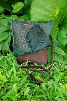 Petit forestier de feuille en cuir sac à main / par TreadLightGear