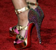 christian louboutin booties Very Popular For Christmas Day,Very Beautiful for life.