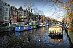 Amsterdam houseboats | by Abariltur