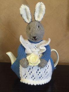 Beatrix Bunny Tea Cosy knitting project by Vanessa Crochet Geek, Form Crochet, Crochet Crafts, Yarn Crafts, Tea Cosy Knitting Pattern, Knitting Patterns Free, Crochet Patterns, Free Pattern, Knitted Tea Cosies