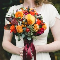 awesome vancouver florist Photo by @bakephoto , repost from @weddingbellsmag . Love this fall toned bouquet that Janee designed. Featured in the current print issue of @weddingbellsmag . #vanouverweddings #flowerfactory #fallflowers #fallweddings . by @flowerfactory  #vancouverflorist #vancouverflorist #vancouverwedding #vancouverweddingdosanddonts