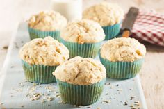 Grab a muffin on your way to work or school! Keep the leftover base for later or use as a muesli. Oat Muffins, Healthy Muffins, Muesli, Your Recipe, Tasty Dishes, Food Inspiration, Sweet Tooth, Sweet Treats, Cooking Recipes