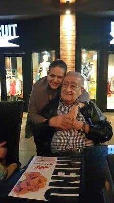 Con el Gallego en el dia del padre Su hija Victoria. San Jose, Costa Rica Junio 2015