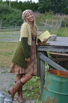 Space Images, Knitwear Fashion, Hipster, Comfy, Wool, Knitting, Hair Styles, Tunics, Jackets