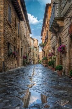 Tuscany Street - null