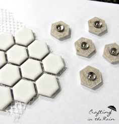 Hexagon+Thumbtacks