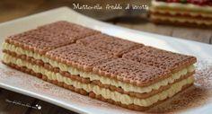 Ecco un dolce davvero semplice e veloce da preparare: la mattonella fredda di biscotti! Si tratta di una torta fredda, senza cottura, adatta per l'estate. Biscotti, Cake & Co, Pastry Cake, Chocolate Recipes, Italian Recipes, Cookie Recipes, Cheesecake, Food And Drink, Sweets
