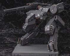 Metal Gear Solid Rex Black Version Plastic Model Kit Metal Gear Rex, Metal Gear Solid, Gear 2, Playstation Games, Plastic Models, Plastic Model Kits, Scale Models, Cyberpunk, Snake Game