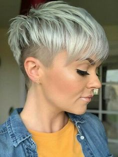 24 Popular Short Undercut Pixie Hairstyle To Look Great - Short white pixie haircut, short haircut i Undercut Hairstyles Women, Short Hair Undercut, Cool Short Hairstyles, Pixie Hairstyles, Undercut Girl, Pixie Cut With Undercut, Undercut Women, Hairstyle Short, Hairstyle Ideas