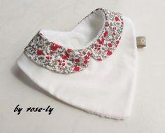 patron bavoir bandana couture pour les minis pinterest bandanas and layette. Black Bedroom Furniture Sets. Home Design Ideas
