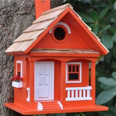 Refugio para pájaros Cottage de Outdoor Accents, naranja