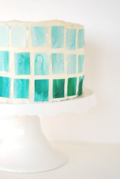 Use a sugar sheet and food coloring to paint ombré mosaic tiles for 360 degrees of edible geometry. 28 Ways To Make Desserts That Are Prettier Than You Fondant Cakes, Cupcake Cakes, Sugar Sheets, Cake Decorating Supplies, Cookie Decorating, Decorating Ideas, Diy Ombre, Cookie Designs, Mint