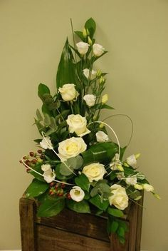 This is a flower shop.Satisfied grantee and free delivery.Order here.. http://www.shalimardesigns.com/