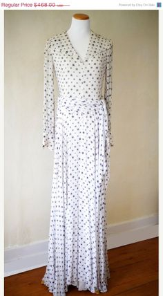 Items similar to Vintage Sheer Ivory Gown w/ Navy Stars & Silver stripes / Evening Gown / New Year's Eve Party Formal White Sailor Wedding Dress on Etsy Ivory Evening Gowns, Vintage Evening Gowns, Sailor Wedding, Alternative Wedding Dresses, Party Dress, Vintage Fashion, Navy, Stars, Formal