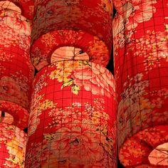 Chinese New Year Lantern Decoration- DIY w/ chicken wire and fabric lanterns Chinese New Year Lantern Decoration Lanterns Decor, Paper Lanterns, Chinese New Year, Chinese Art, Chinese Lights, Chinese Fabric, Chinese Food, Red Lantern, New Years Decorations