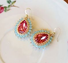 Fusion beads tutorials color combo rose pink Swartz and pacific opal bicone