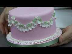 How to make Fondant Ruffles with a Garret Frill Cutter - YouTube