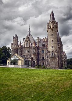 Moszna Castle (now a hotel) is located in Moszna, Poland. It was once the 17th century residence of the German Tiele-Winckler family.  365 rooms and 99 turrets.