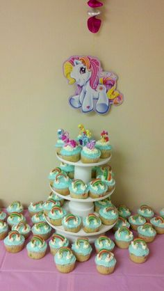 My Little Pony cupcakes  For lea's bday!