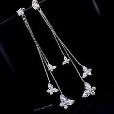 Doorknocker Hoop Earrings- door knockers/ gold hoops/ big gold hoop earrings/ geometric circle hoops/ large gold hoops/ vintage look/ gifts - Fine Jewelry Ideas Big Gold Hoop Earrings, Jewelry Design Earrings, Ear Jewelry, Girls Jewelry, Simple Earrings, Cute Jewelry, Fashion Earrings, Jewelery, Jewelry Accessories