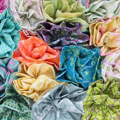 Step by step tutorial on how to create fabric flowers!