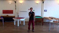 play4you.ch Jonglieren mit Bällen lernen, Basel, Schweiz.