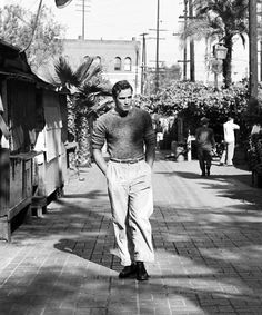 Marlon Brando photographed by Ed Clark,1949.
