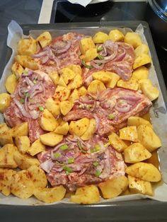 Good Food, Yummy Food, Greek Recipes, Hawaiian Pizza, Food And Drink, Chicken, Meat, Cooking, Drinks
