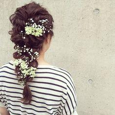 花嫁ヘアの決め手は『小物』♡リボンやお花などの可愛すぎる髪飾りまとめ*にて紹介している画像