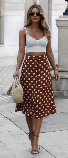 summer is... exploring new cities. so glad you all loved this midi skirt as much as I do, tap for details♡