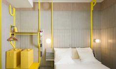 Hi Hotel Nice | Matali Crasset | 2003 | Hi Hotel offre 10 concetti per 38 stanze | Utop'Hi - la stanza è un tributo al cemento, essendo completamente costruita con muri in cemento e striscie di colore brillante.