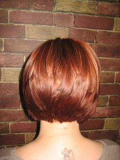 Graduated bob with long layers gently tapering towards the nape Cute Hairstyles For Short Hair, Hairstyles Haircuts, Pretty Hairstyles, Short Hair Cuts, Style Hairstyle, Graduated Haircut, Graduated Bob, Medium Hair Styles, Short Hair Styles